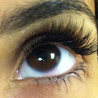Eyelashes kobe - good pic
