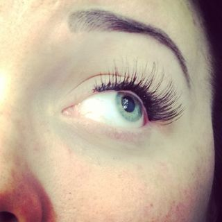 Strip lashes threading temporary brow tatts